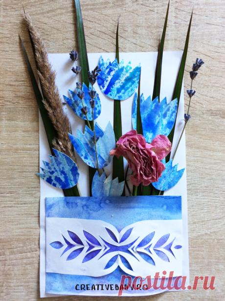 """Открытка """"Букет сухоцветов"""" с шаблоном Мы сегодня попробуем с вами совместить в одной открытке гербарий и бумажную аппликацию. Смотрите как сделать открытку своими руками из засушенных цветов."""