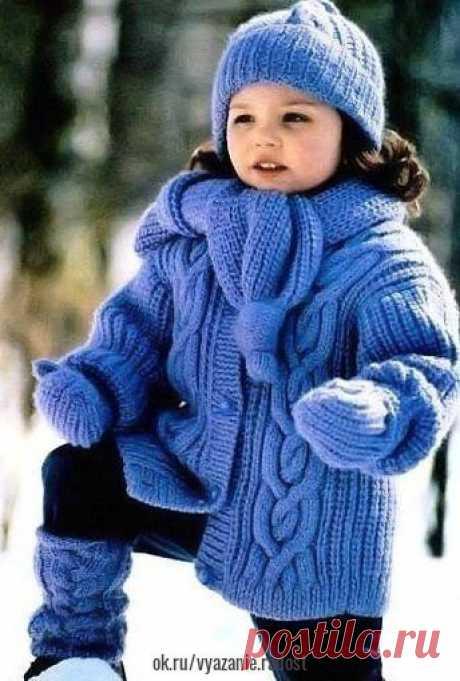 Теплая курточка для девочки