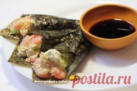 Темаки-суши с креветками и авокадо -  рецепт, фото, как приготовить вкусно, быстро и просто. | eat.by