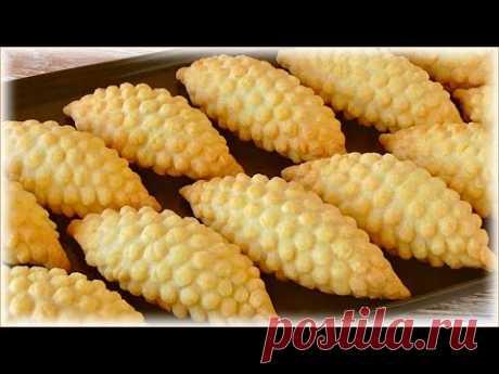Пирожки с яблоками из теста на сметане (песочное печенье)