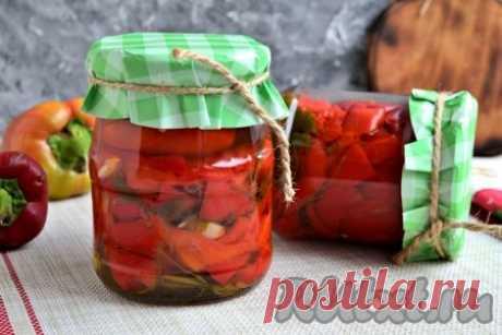 Маринованный красный перец по-армянски на зиму - 11 пошаговых фото в рецепте Настоятельно рекомендую приготовить маринованный красный перец по-армянски на зиму. Эта очень вкусная, ароматная, приятно-остренькая заготовка понравится всем без исключения. Сладкий, мясистый болгарский перец в кисло-сладком маринаде, с чесноком и зеленью петрушки в холодное время года порадует ...