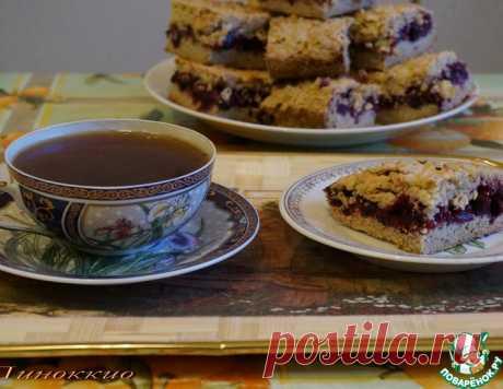 Тёртый пирог с чёрной смородиной – кулинарный рецепт