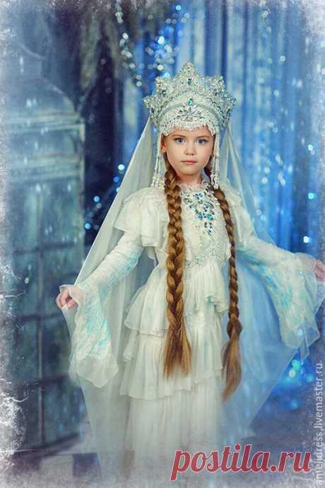 Купить Царевна Лебедь - белый, голубой, царевна-лебедь, сказка, Пушкин, море, царица, шерсть