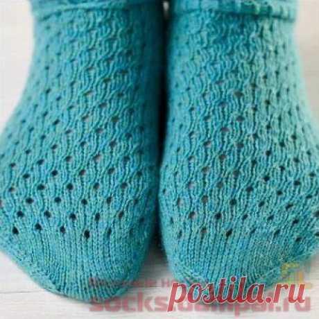 Короткие носочки с отворотом   ВЯЗАНЫЕ НОСКИ