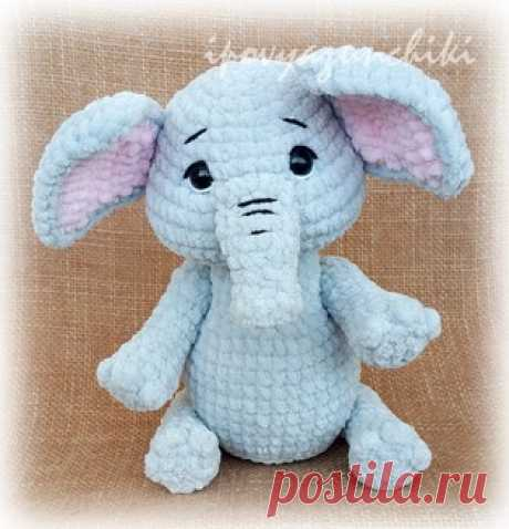 PDF Плюшевый слоник. Бесплатный мастер-класс, схема и описание для вязания плюшевой игрушки амигуруми крючком. Вяжем игрушки своими руками! FREE amigurumi pattern. #амигуруми #amigurumi #схема #описание #мк #pattern #вязание #crochet #knitting #toy #handmade #поделки #pdf #рукоделие #слон #слоненок #слоник #слониха #elephant