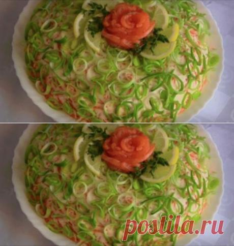 Салат «Королевская шуба» — это очень аппетитный и легкий салат для праздничного стола