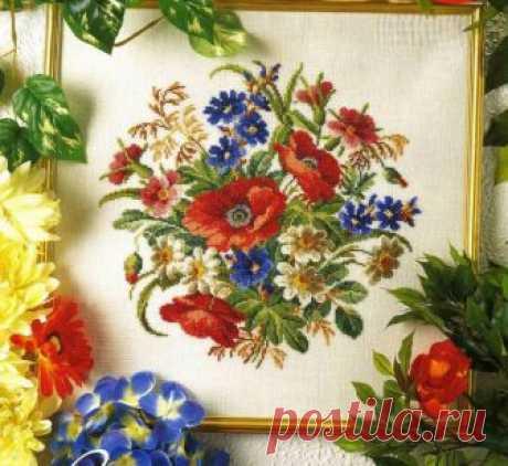 Подушечка в цветах