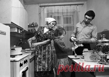 Советские магазины, столовые, рынки, кухни...