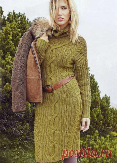 Платье с косами Размеры: 36/38 (40). https://shemyvyazaniya.shemyuzorov.com/page/plate-s-kosami #платье #платьеспицами #вязаниеспицами #вязание #вязаноеплатье #рукоделие #вязаниеплатья
