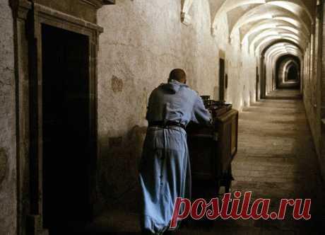 Скандальный анекдот про монахов! (18+)