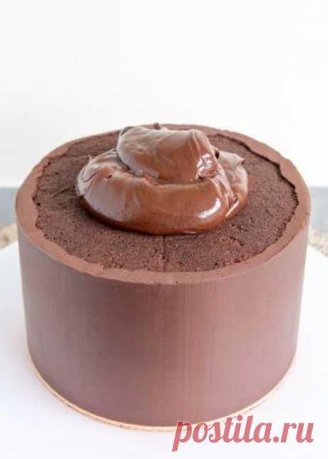 Как покрыть торт ганашем и получить идеально острые края!