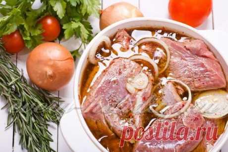 Как замариновать стейк из свинины, маринады для гриля Как замариновать стейк из свинины, рецепты вкусных маринадов для гриля, жарки, и запекании в духовке, а также секреты приготовления настоящего, сочного свиного стейка.