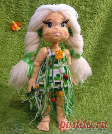 Девочки бывают разные амигуруми. Схемы и описания для вязания игрушек крючком! Бесплатный мастер-класс от Михетовой Светланы по вязанию девочек крючком. Высота вязаной игрушки около 25 см. Для изготовления такой куклы автор испол…