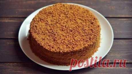Домашний торт «Рыжик». Очень популярный рецепт Один из самых известных домашних тортов – торт «Рыжик». Рецепт торта очень популярен, его передают от хозяйки к хозяйке, от мамы к дочке и от подружки к подружке.