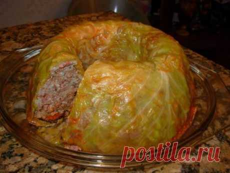 """We cook well - """"Ленивый"""" Lazy stuffed cabbage stuffed cabbage Tasty, favourite stuffed cabbage in new role … \ud83d\ude42 Is required by many: 500 gr. mincemeat 200 gr. rice 1 bulb 1 carrots 250 gr. tomato juice or ground tomatoes 200 gr sour creams of 1 kg of cabbage to remove the top leaves From cabbage, to cut out a cabbage stump and to boil to softness. To remove leaves, to cut off consolidations and to cover them a bottom and …"""