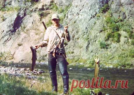 Знакомый рыбак посоветовал мужу это средство от комаров. Говорит, что даже в камышах комары не подлетают.