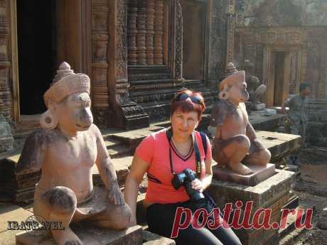 10 июля Полная статистика будет доступна после того, как публикация наберет больше 100 просмотров. КАМБОДЖА. ХРАМ BANTEAY SREI - ЖЕМЧУЖИНА КХМЕРСКОГО ИСКУССТВА  BANTEAY SREI является одним из самых маленьких храмов в Ангкоре. Этот недостаток в размерах компенсируется его красотой. И если вы уже наметили себе посетить храмовый комплекс Ангкор, то обязательно найдите время и на Бантеайсрей