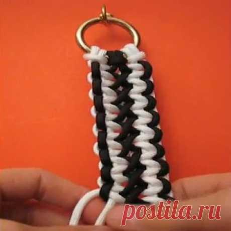 """Красивая плетеная ручка для вязаной сумки """"Соломонова полоса""""_очень легко сделать"""