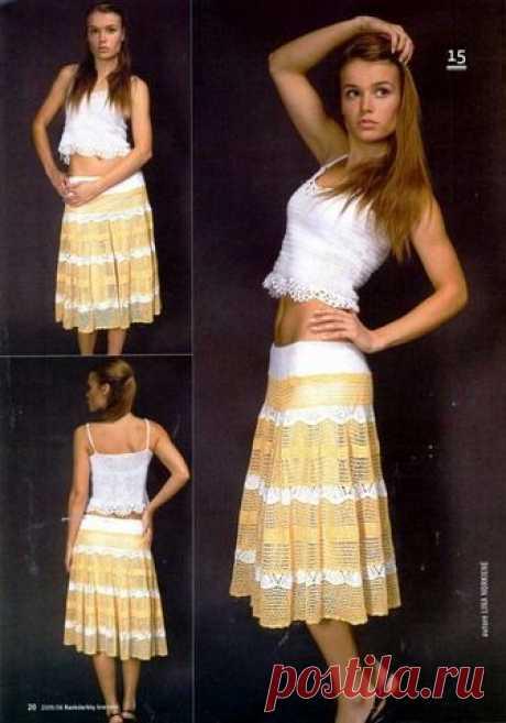 Вязание крючком бело-желтого костюма из топа и юбки..
