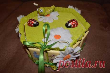 Упаковочная коробка из шоколада для подарка