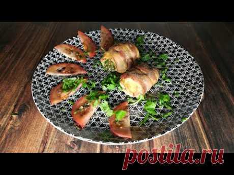 Куриные грудки с беконом, зеленью и помидорами! Chicken breasts