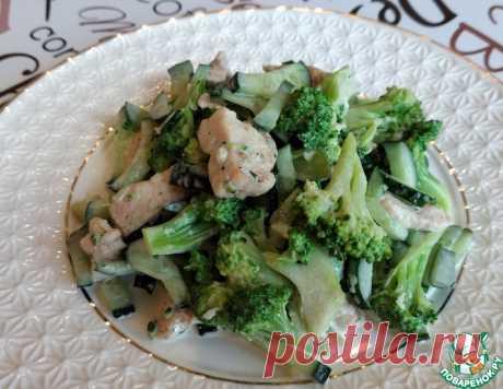 """Салат """"Легкий с брокколи"""" – кулинарный рецепт"""