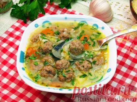 Рисовый суп с фрикадельками Рисовый суп с фрикадельками несложен в приготовлении, достаточно легкий и вкусный. Аппетитный суп с небольшими фрикадельками из мясного фарша - прекрасный