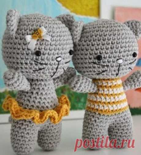 Очаровательная пара котят амигуруми