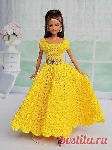 Как Вам вязаные платья?