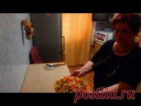 Запеканка из макарон, помидор и сыра.
