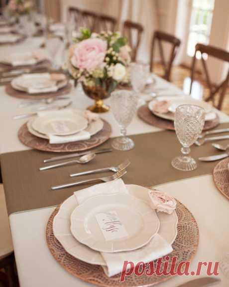 Forever Brooch Bouquets LLC в Instagram: «Some beautiful details from the #mock #wedding #photoshoot • 📷: @whitepoppyweddings • —#tabledecor rentals: @durantspartyrentals —#floral…» 43 отметок «Нравится», 3 комментариев — Forever Brooch Bouquets LLC (@foreverbroochbouquets) в Instagram: «Some beautiful details from the #mock #wedding #photoshoot • 📷: @whitepoppyweddings • —#tabledecor…»