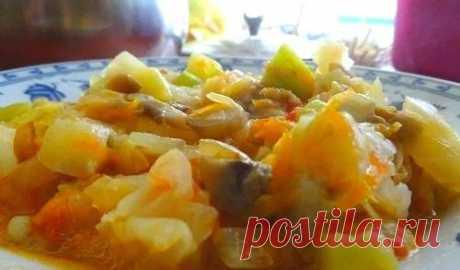 Постное овощное рагу в мультиварке / Простые рецепты