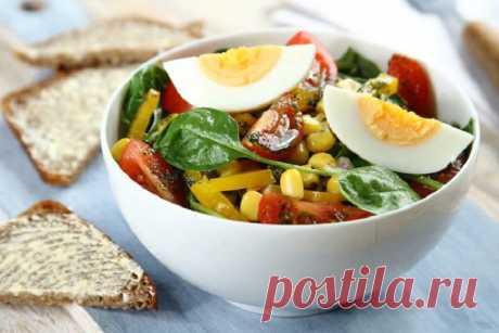 Салат со шпинатом и яйцом – пошаговый рецепт с фото.