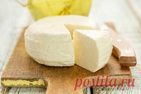 Невероятно вкусный домашний сыр за 3 часа. Только натуральные продукты и ничего лишнего    Обязательно попробуйте!          Ингредиенты: -1 литр молока-200-300 г. сметаны-3 яйца-1 ст.л.соли Приготовление: Ставим молоко кипятим, добавляем соль. Взбить сметану с яйцами. Как только молоко з…