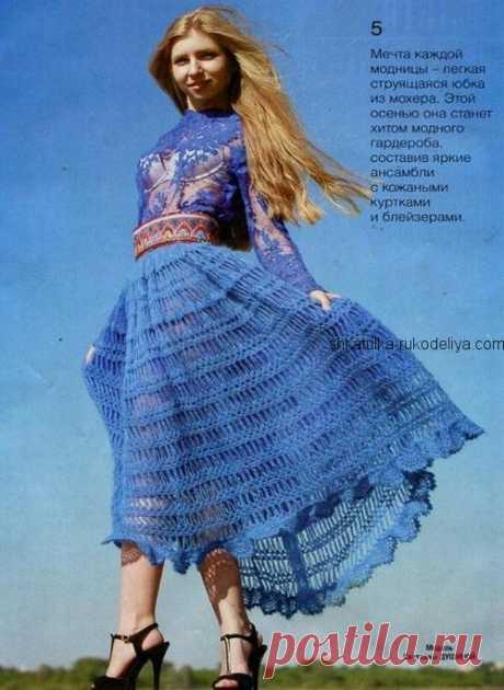 Воздушная юбка из мохера Воздушная юбка из мохера крючком. Синяя юбка их мохера с описанием