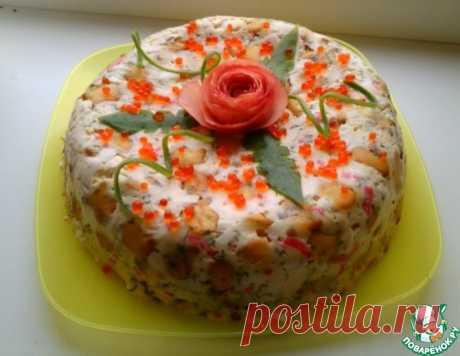 Закусочный торт-салат с крекерами и крабовыми палочками – кулинарный рецепт