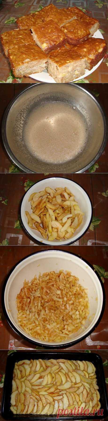 Яблочный пирог в корицей