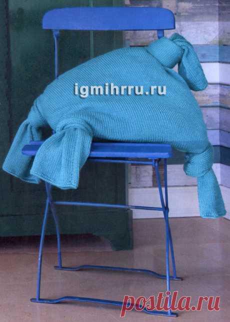 Бирюзовая подушка с завязанными уголками. Вязание спицами