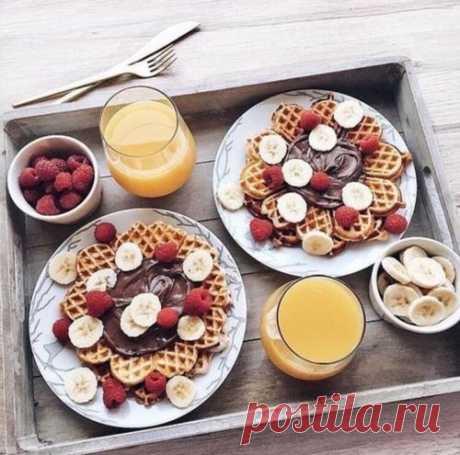 Доброе утро всем! С днём спелой вишни 🍒 и фруктовых салатов!🍏🥝🍐🍎🍉🍑🍓🍋🍌🍍🍊