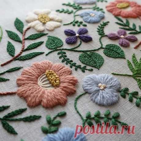 Направление в вышивке Крюил: изящная вышивка, уходящая корнями в Англию! | Вышивка is Love | Яндекс Дзен