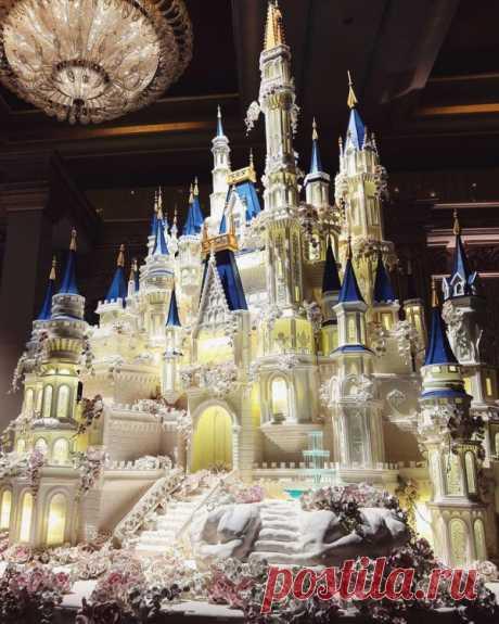 Самые красивые и дорогие свадебные торты в мире