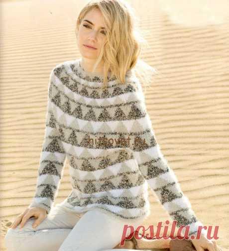 Жаккардовый пуловер с круглой кокеткой - Хитсовет Жаккардовый пуловер с круглой кокеткой. Стильная модель женского пуловера с круглой кокеткой и красивым жаккардовым узором со схемами и бесплатным описанием вязания. Вам потребуется: 200 грамм светло-серой и 100 грамм белой пряжи Estivo II Lana Grossa, состоящей из 85% хлопка, 15% полиамида, длиной нити 150 метров в 50 граммах; 200 грамм серой меланжевой пряжи Musica Lana Grossa, состоящей из 97% хлопка, 3% полиамида, длино...