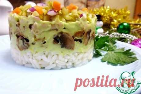 """Салат """"Конфетти"""" с курицей и грибами – кулинарный рецепт"""