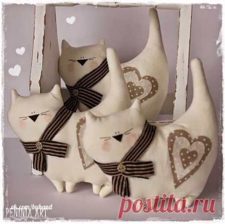 We sew cats \u000a\u000a#byhand | #шитье | #handmade | #рукоделие | #мастеркласс