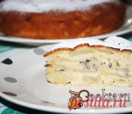 Яблочный пирог с маком в мультиварке Яблочный пирог с маком в мультиварке - простая и очень вкусная выпечка к чаю и на полдник. Испечь такой пирог вам не составит труда, он очень прост в приготовлении. Тесто получается нежным и немного влажным, яблок больше чем теста!!! Это очень вкусно, особенно, если подать с шариком ванильного мороженого ;)