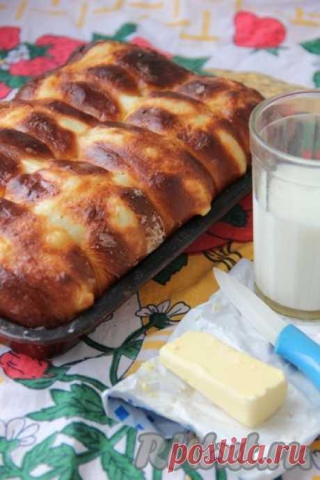 Картофельные булочки - 7 пошаговых фото в рецепте Эти картофельные булочки получаются очень вкусными, сдобными, воздушными, нежными, в меру сладкими и солеными. Такие картофельные булочки подойдут как для бутербродов, так и просто со сливочным маслом к чаю. Приготовление совсем не занимает времени. Главное в выпечке этих булочек - это выждать ...