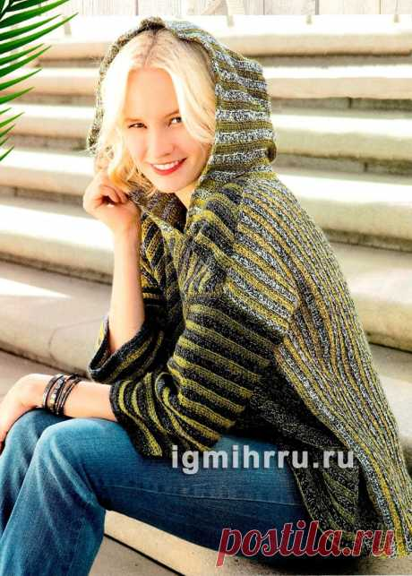 Полосатый пуловер оверсайз с капюшоном. Вязание крючком со схемами и описанием