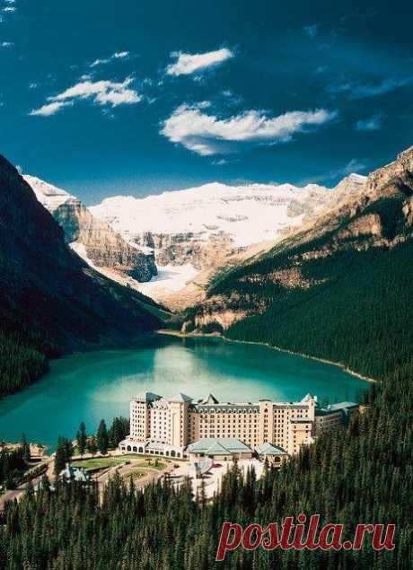 Нетронутая красота ледникового озера / Туристический спутник