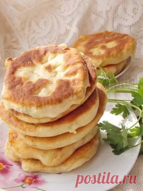 Лепёшки на кефире с картошкой и сыром