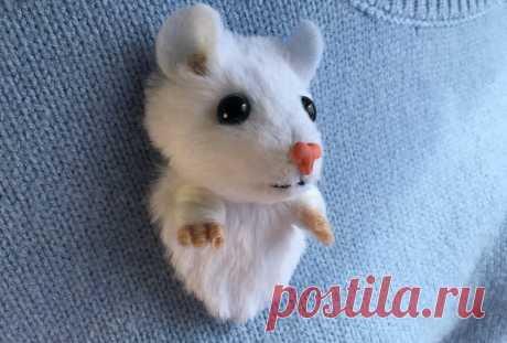 Брошь мышка своими руками из искусственного меха и шерсти в пошаговом мастер-классе